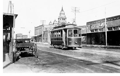 Denton-trolley